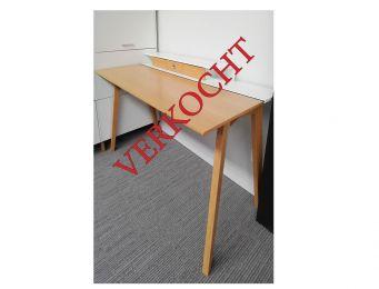 Table H met derde werkniveau L 160 x B 80 cm