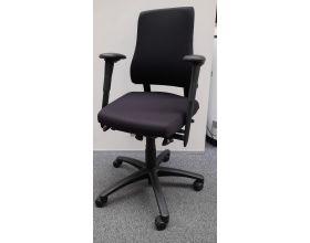 Ergonomische bureaustoel Axia Office - nieuw gestoffeerd